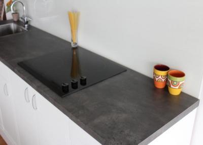 günstige Küchenarbeitsplatte aus Beton dunkel f 275 :: Gröbner