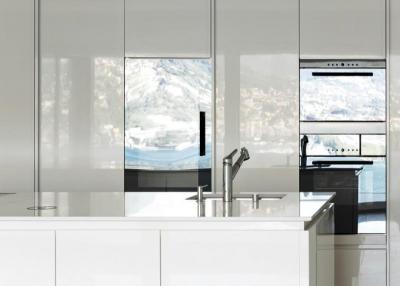Halo poliert Küchenarbeitsplatten