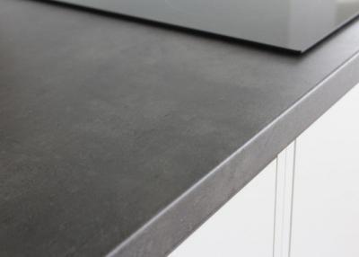 günstige Küchenarbeitsplatten aus Beton-dunkel-F-275 :: Gröbner