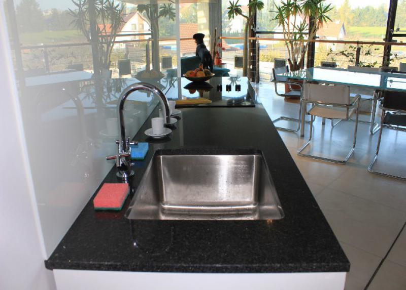 Naturstein Küchenarbeitsplatte Nero Impala