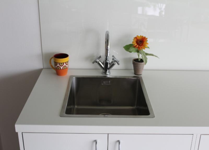 günstige Küchenarbeitsplatten aus Platinweiß-W-980 :: Gröbner   {Günstige küchenarbeitsplatten 23}