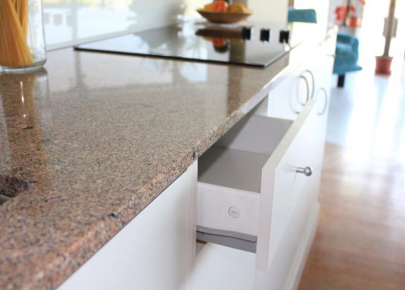 Naturstein Küchenarbeitsplatte Rosamar